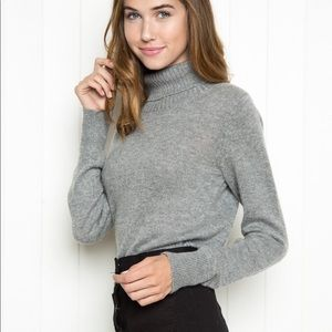 Brandy Melville grey turtleneck